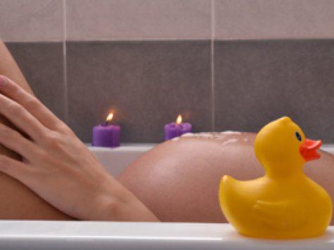 Pot face o baie in timpul sarcinii